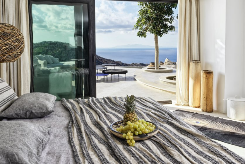Panoptis Escape Mykonos - The Panoptis 1-bedroom inhouse Villa with private pool-bed view