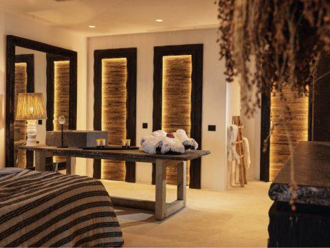 Panoptis Escape Mykonos - The Panoptis Honeymoon retreat with outdoor jacuzzi interior